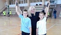 Drużynowe zawody w badmintona