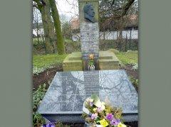 Grobowiec-rodziny-Eichendor.jpg
